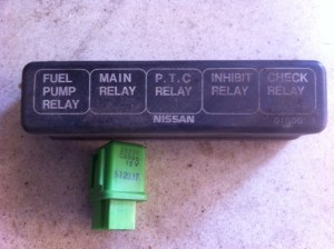 Nsssan D21: 1986 Nissan D21 pickup Power to the fuse panel
