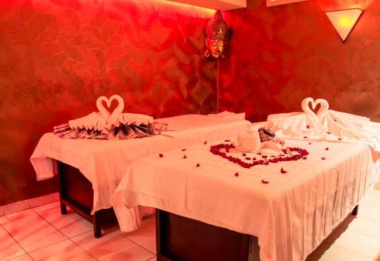 Carisma Spa Couples Massage Rooms, Intercontinental Malta