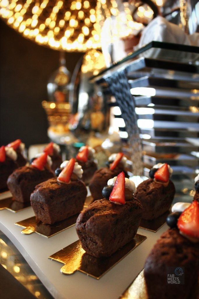 Intercontinental Malta Hotel - Club Intercontinental afternoon tea