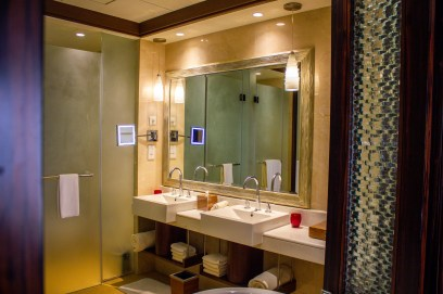 Bathroom with two sinks at The Ritz-Carlton Abu Dhabi
