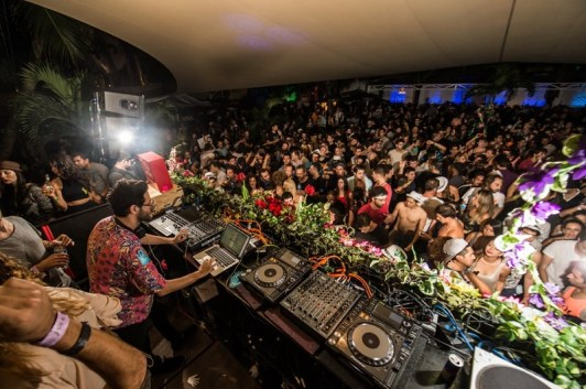 Image result for pictures of nightclub acts in mexico