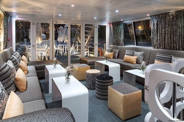 france_burgundy_riverboat_salon_interior_-_100001_lg_rgb.jpg