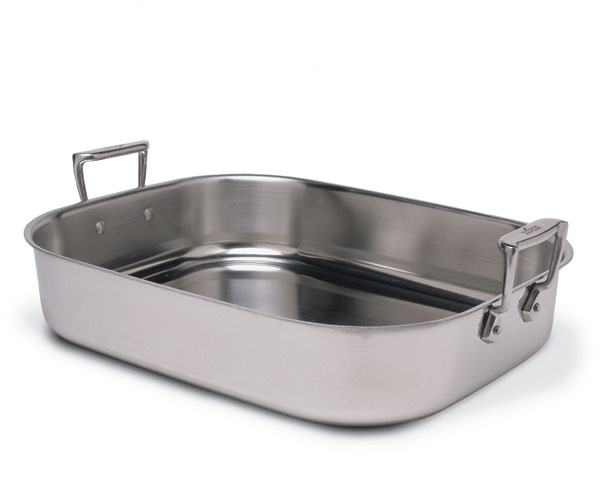 picking a roasting pan to use all year