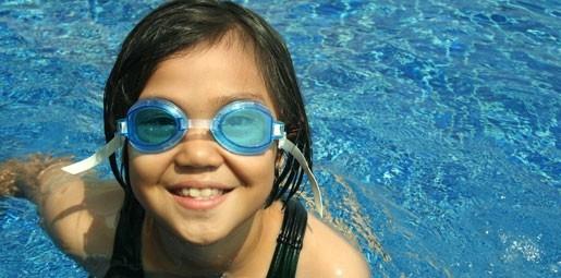 Teach Thai Children how to swim