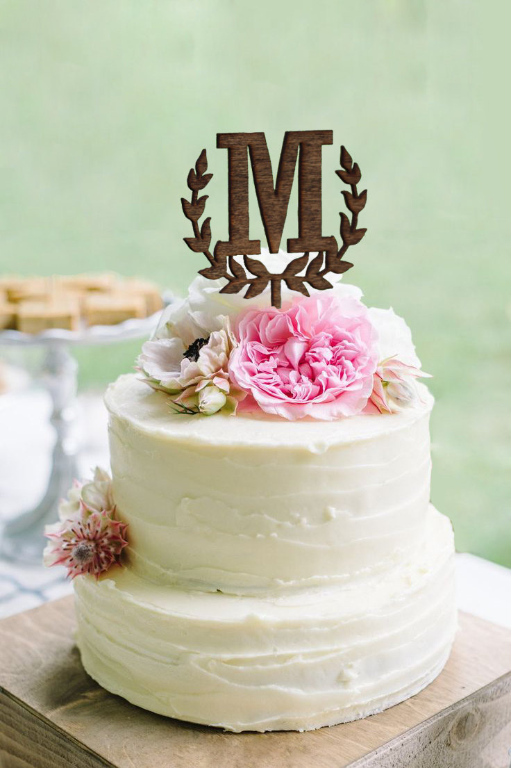 wedding cake with monogram wedding monogram cake topper shop personalized cake 26927