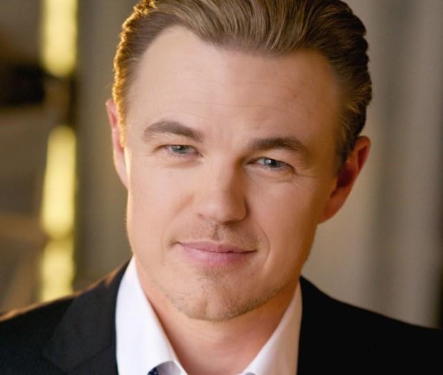 The Best Leonardo Dicaprio Look Alike Impersonator