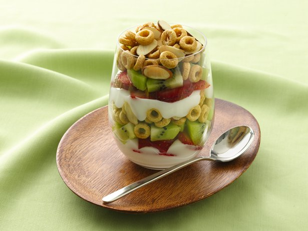 Crunchy Topped Strawberry Kiwi Parfaits