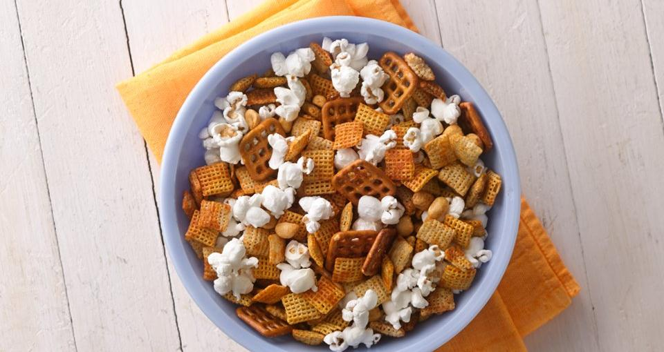 Honey-Sriracha Chex™ Mix