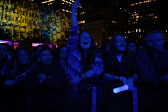 Boston Calling: Avett Brothers Send City Hall Plaza Into The Night