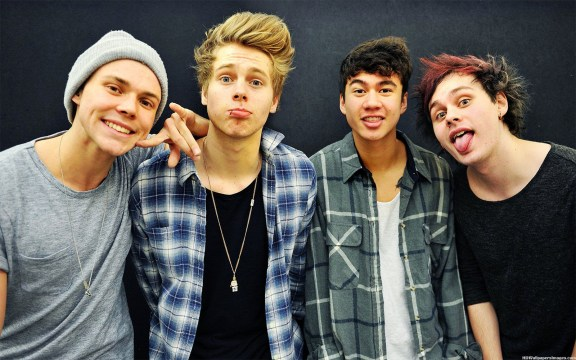 5SOS Sophomore Album 'Sounds Good' To Its Target Audience