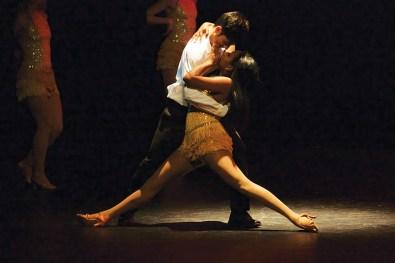 dance 2 Online