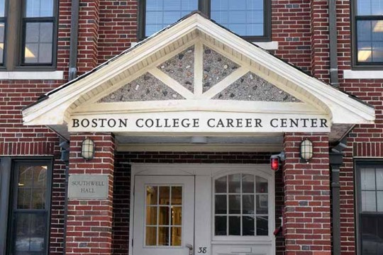 """BC Advising Joins Career Center to Hold """"Professors, Pastries, and Professions"""""""