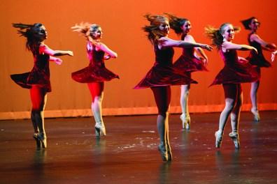 Dance 3 (online)