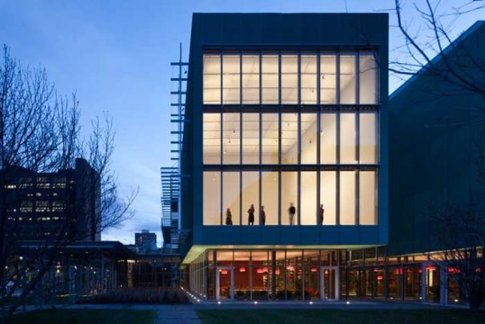 Within Boston Limits, Escape to The Isabella Gardner Museum