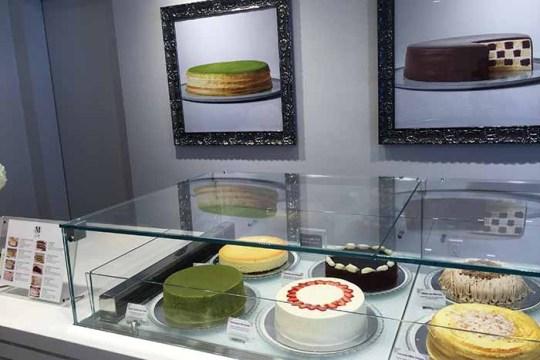 Let Them Eat Cake: Lady M Brings Elegance to Newbury Street
