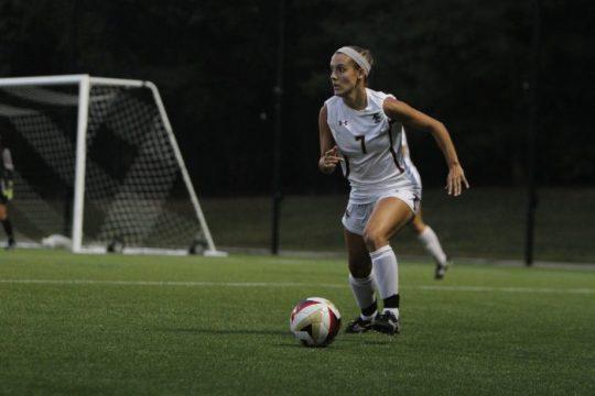 Early Mistake Dooms Women's Soccer in 3-2 Loss to Duke