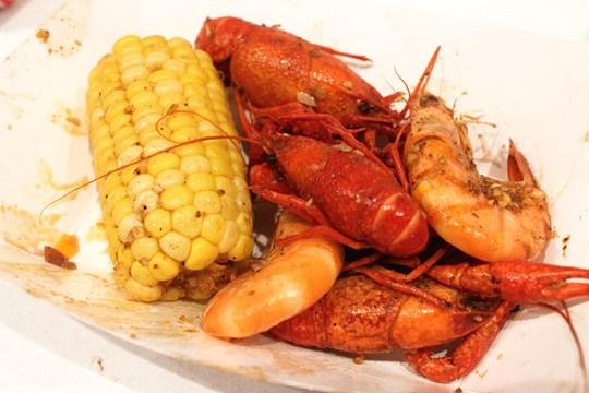 Loui Loui Brings the Taste of New Orleans Seafood to Allston