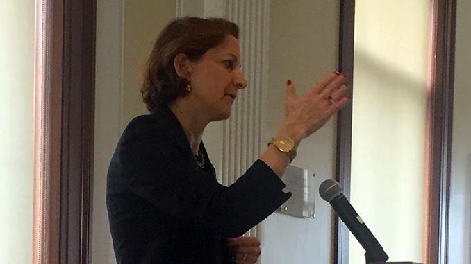 Anne Applebaum Discusses the Lasting Impact of Ukrainian Genocide