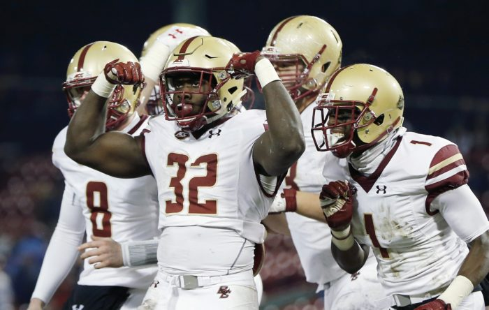 Football Puts on Offensive Showcase in Win Over Syracuse