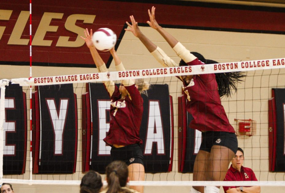 Strawberry Impresses, but Eagles Fall in Straight Sets to Duke