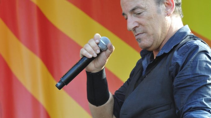 Bruce Springsteen to Speak at Freshman Convocation