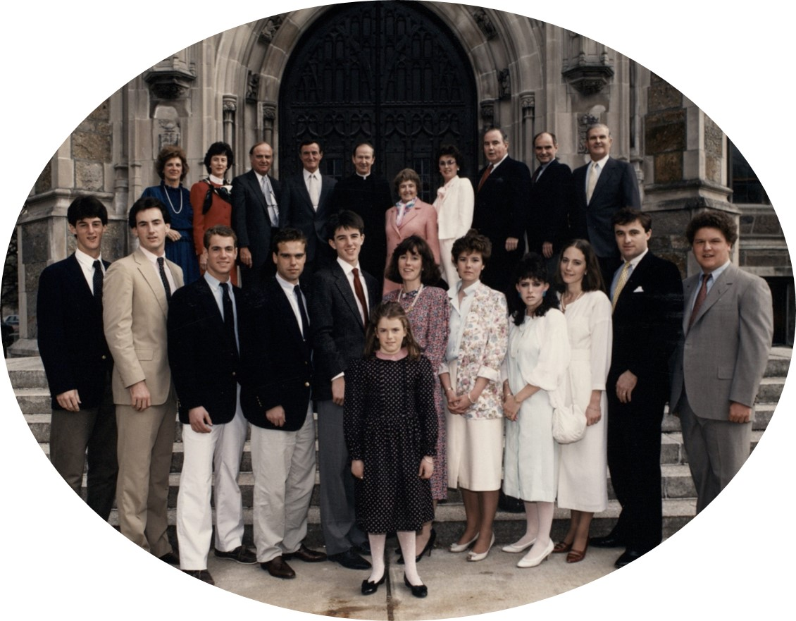 Brian Burns (back row, third from the right) with his family at the dedication of Burns Library in April 1986. Image Courtesy of Christian Dupont.