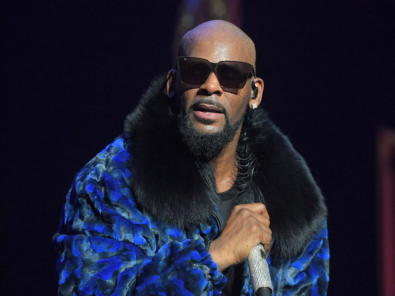 R. Kelly To Reportedly Launch Website Discrediting His Accusers