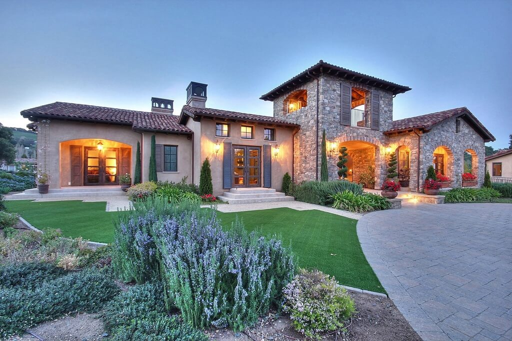 8630 Square Foot Grand Tuscan Mansion Design