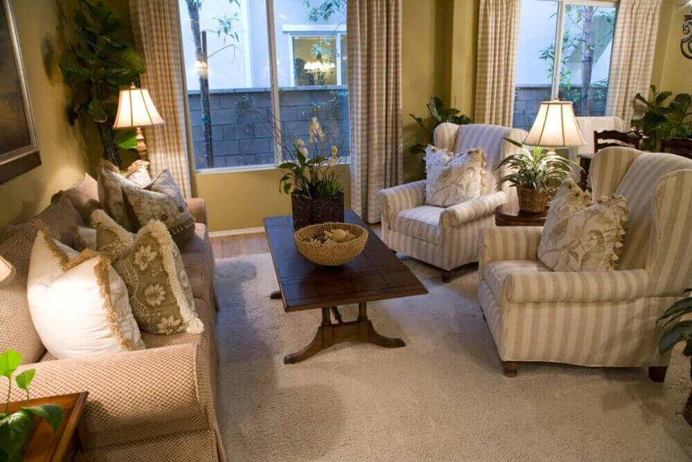 25 Ways To Make Your Living Room Cozy (TIPS AND TRICKS