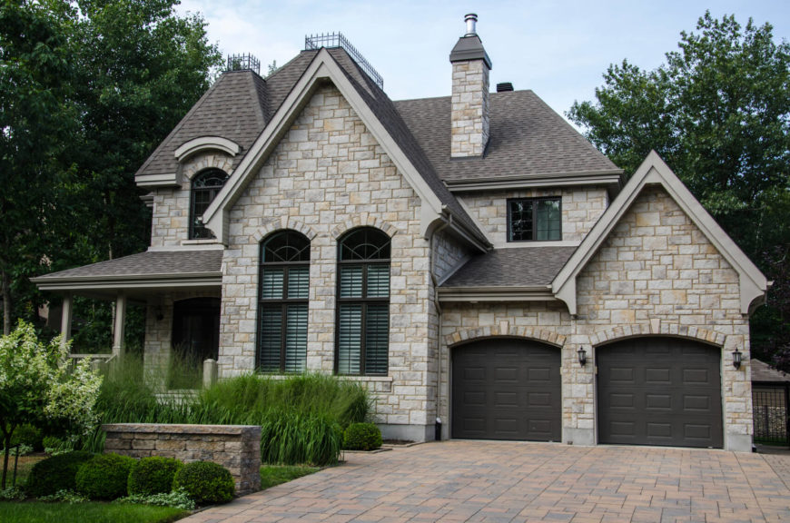 17 Different Types Of House Siding (with Photo Examples