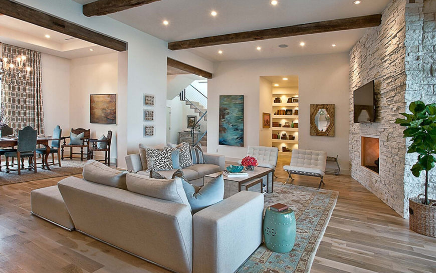 These reclining sofas are set low to the ground for a great level of relaxation and comfort. There is no way you would not be at ease in these lovely sofas.