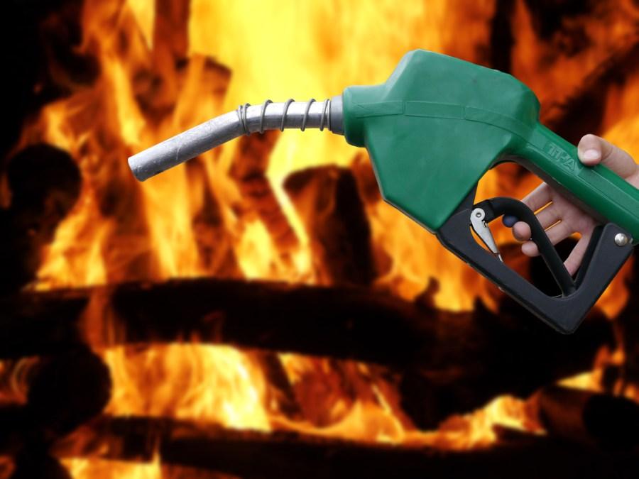 Afbeeldingsresultaat voor pouring gasoline on the fire