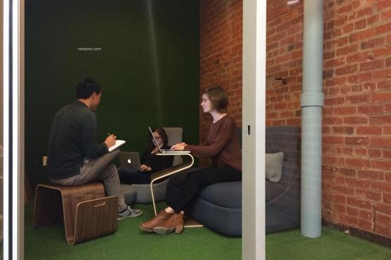 Small Casual Meeting Room At BLANKSPACES DTLA Coworking
