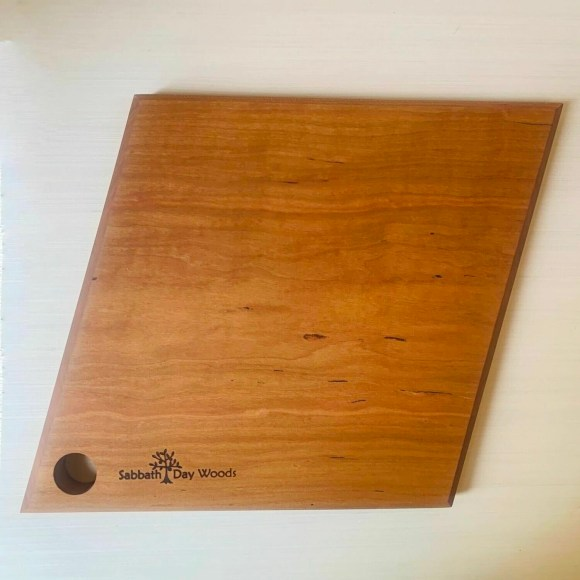 Sabbath-Day Woods Facet Luncheon Cutting Board