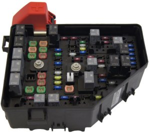 2010 Buick Enclave Saturn Outlook Chevy Traverse Fuse Box Block New OEM 20832837 | eBay