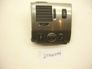 0809 HUMMER H2 SUT AIR OUTLET BEZEL HEADLIGHT SWITCH