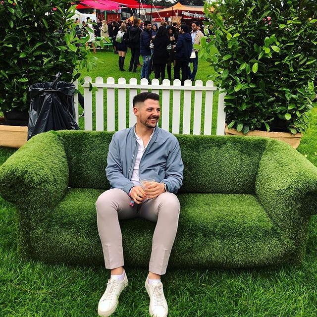 Google Sofa Bush