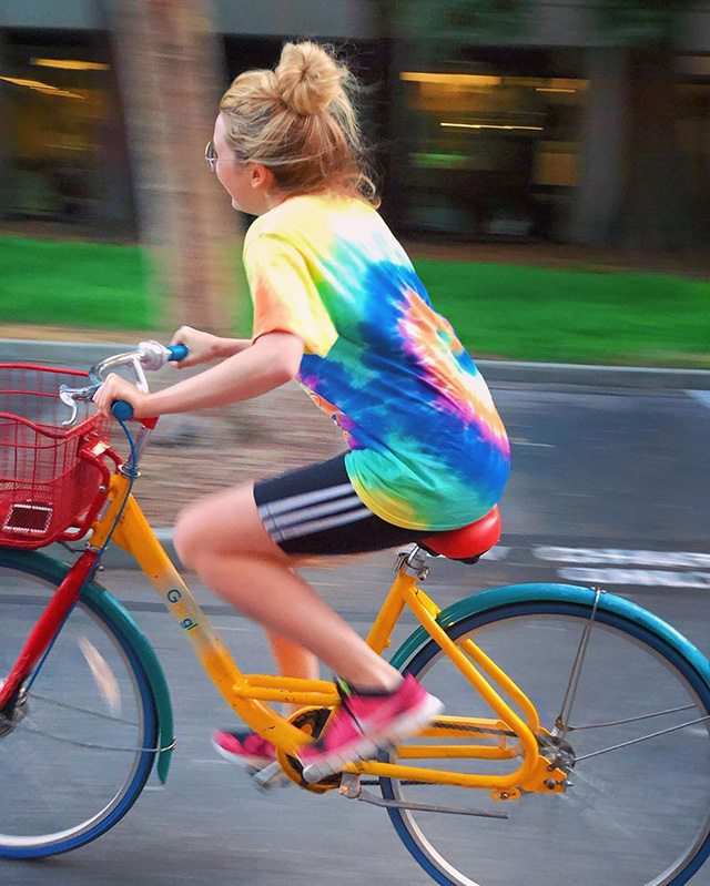 Hannah Snow On Google Bike