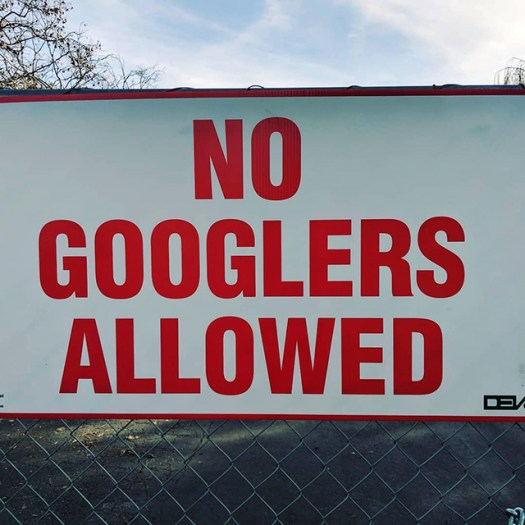 No Googlers Allowed Sign