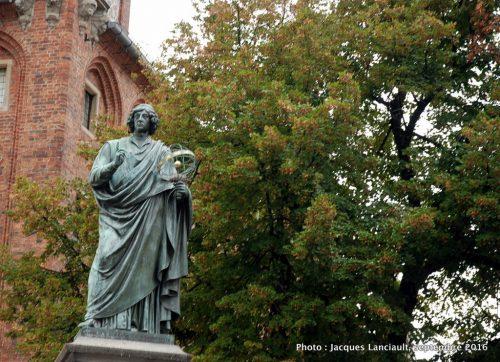 Monument de Nicolas Copernic, Toruń, Pologne
