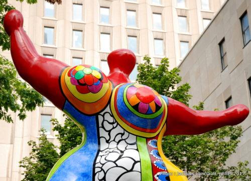Nana danseuse, Niki de Saint Phalle, Balade pour la Paix, Montréal, Québec