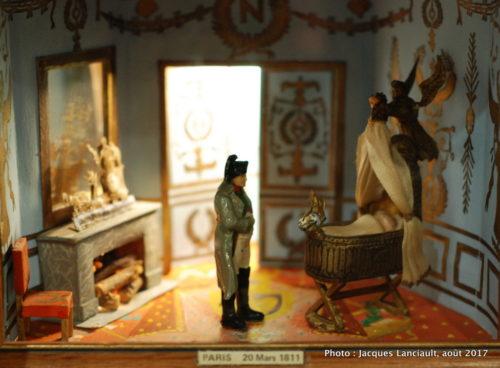 Cabinets insolites, musée des figurines historiques, Hôtel des Invalides, Paris, France