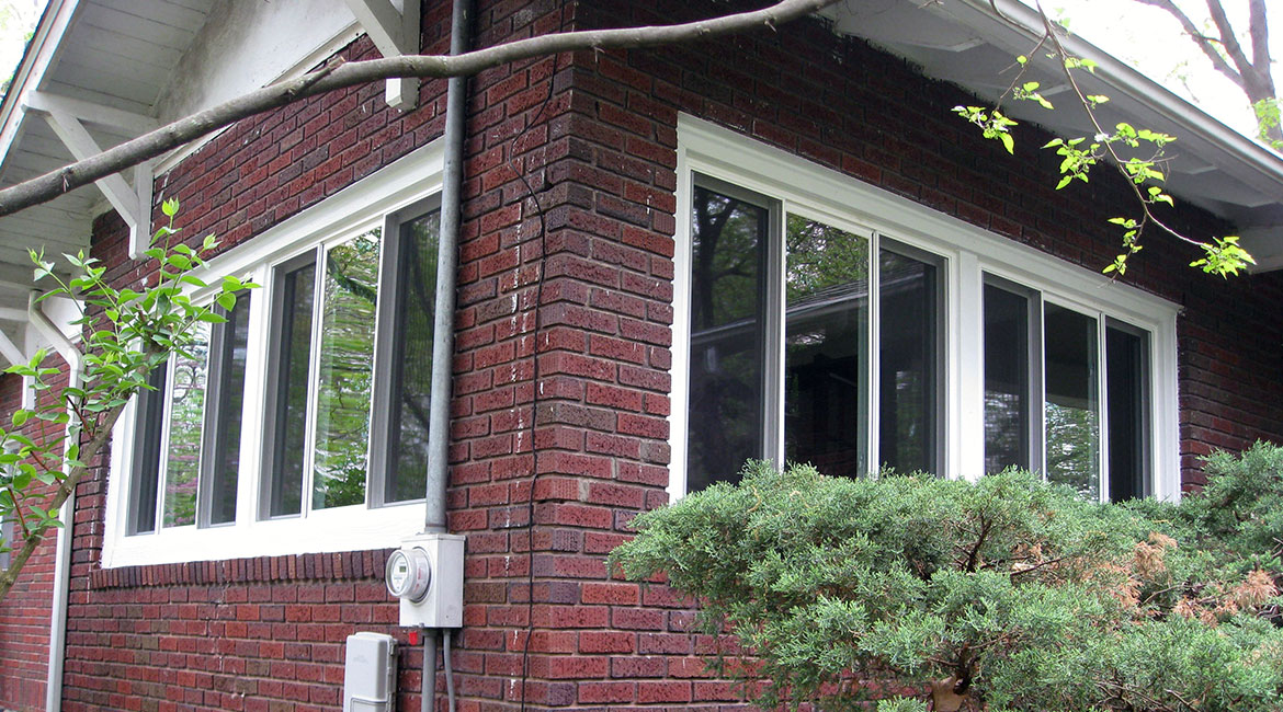 White paned windows installed by TrueSon Exteriors