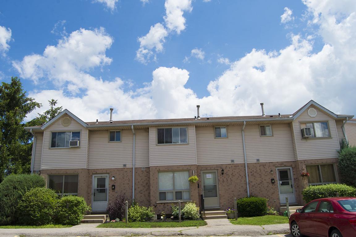 135 Belmont Drive Sterling Karamar