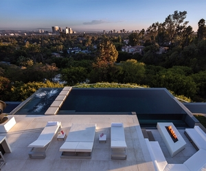 Perfect-modern-mansion-in-beverly-hills-m