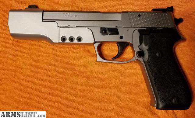 Sig Sauer P220 Sport Compensator