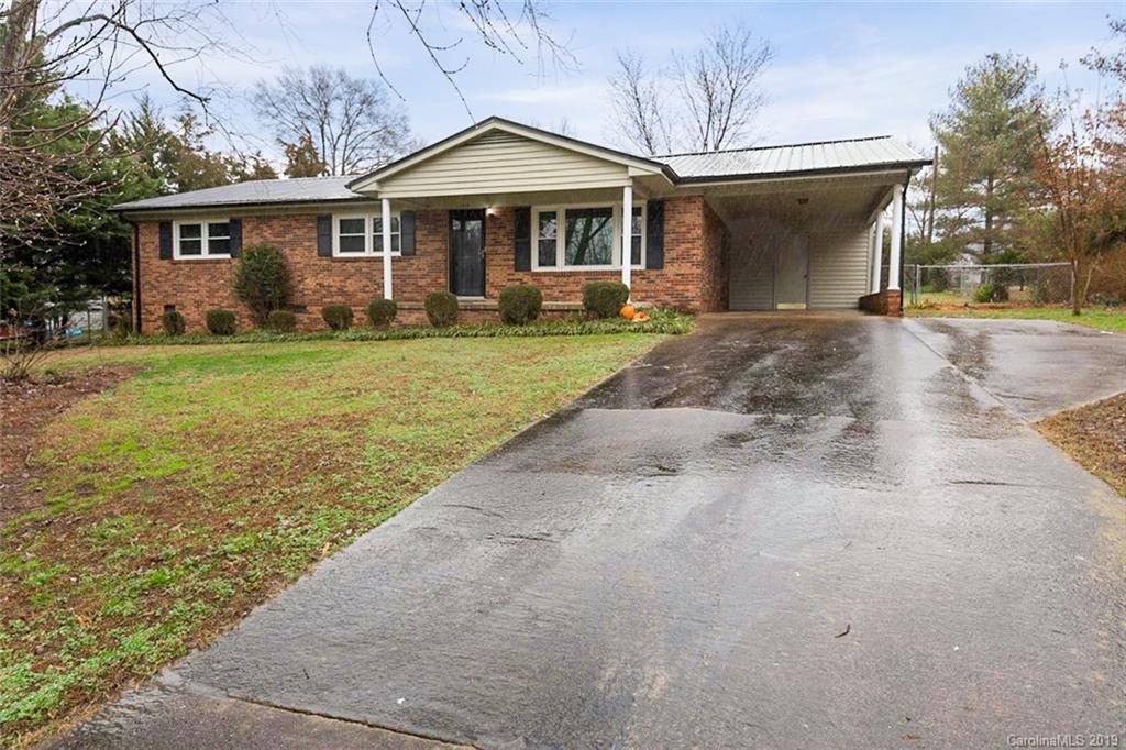 Property for sale at 2518 Woodbridge Drive, Gastonia,  North Carolina 28056