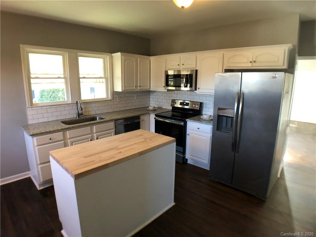 Property for sale at 406 Woodlawn Avenue, Cramerton,  North Carolina 28032