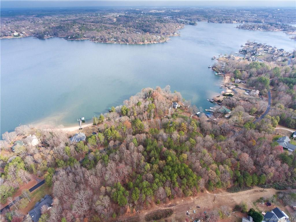 Property for sale at 2823 Lake Wylie Drive, Rock Hill,  South Carolina 29732
