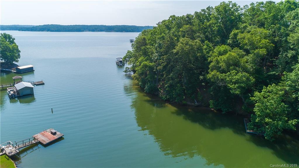 Property for sale at 5892 Kiowa Road Unit: 13, Lake Wylie,  South Carolina 29710